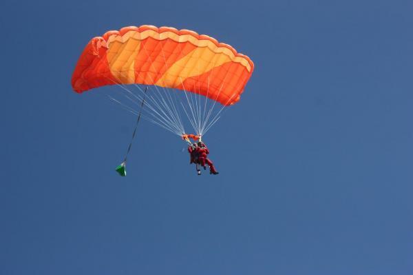 parachutime bretagne