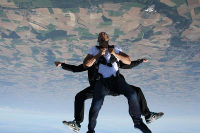 saut-en-parachute.jpg