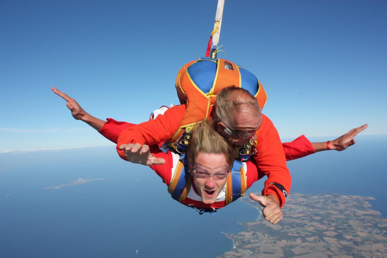 saut en parachute bretagne