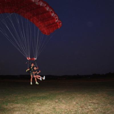 Funsky parachutisme toulouse nocturne 20